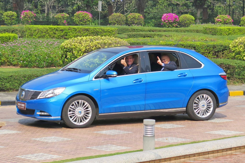 Mayor and Mike Bonin test drive BYD