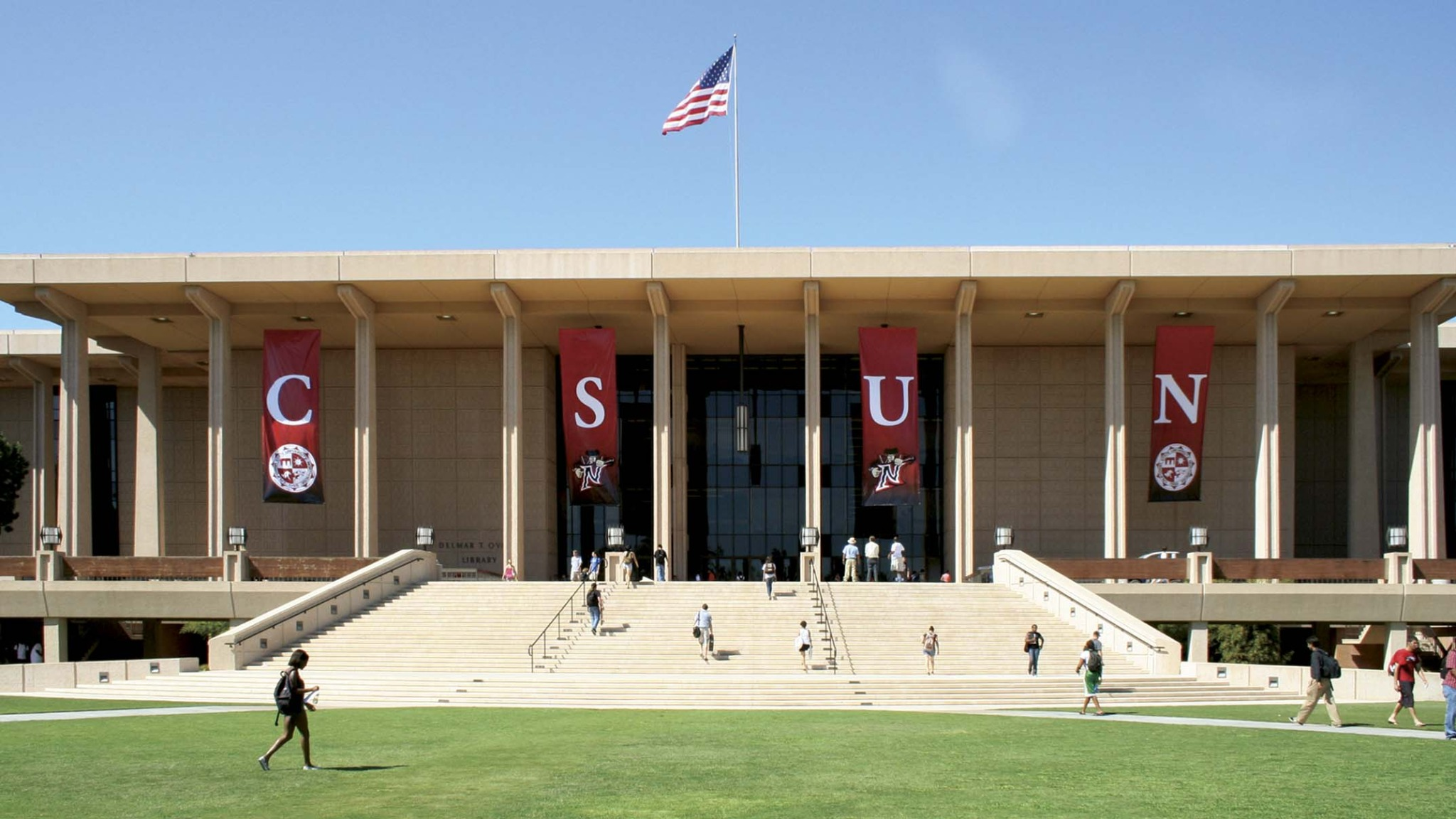 CSUN named Innovation and Prosperity University and Named 2018 Social Mobility Innovator