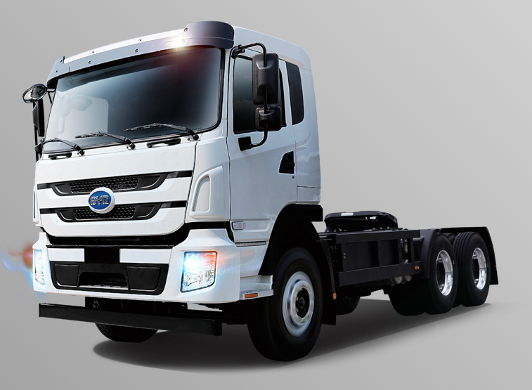 Electrify America selects Long Beach-Wilmington for $25M investment in EV drayage trucks